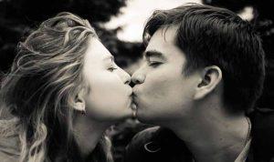 女なら一度は大恋愛をしたほうがいい4つの理由
